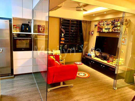 Study/TV/Entertainment room