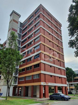 HDB-Hougang Block 424 HDB-Hougang