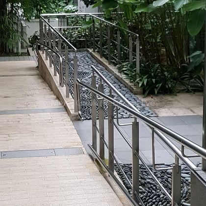 foot pebble massage path