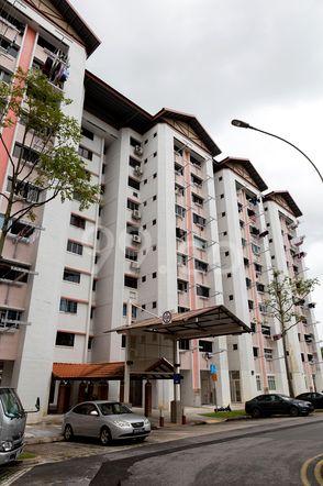 HDB-Jurong East Block 245 Jurong East