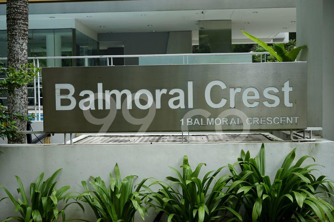 Balmoral Crest  Logo