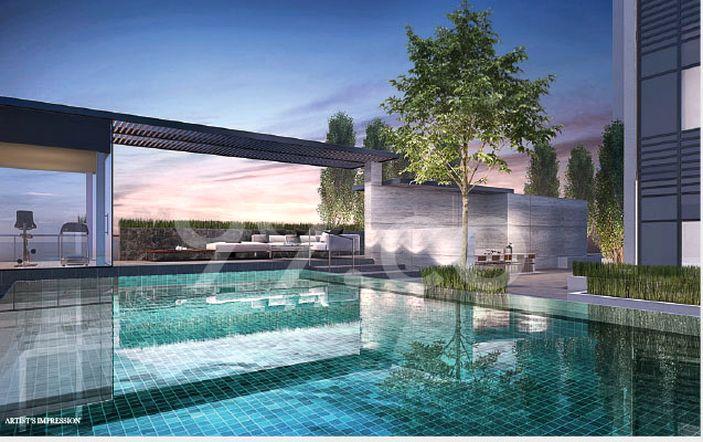 Sixteen35 Residences Pool