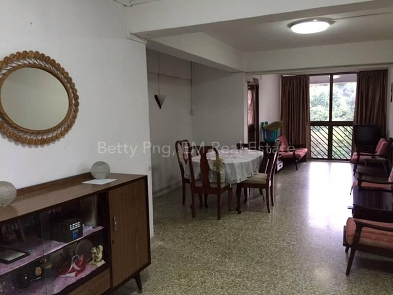 25 Telok Blangah Crescent Dining Area