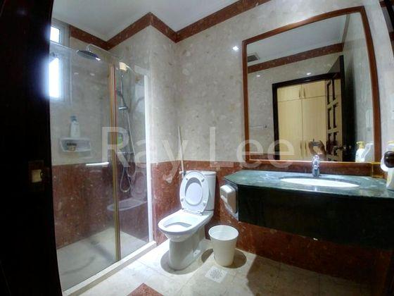 Almond Crescent - L1A: Bathroom 04