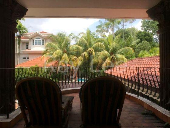 Beechwood Grove Level 2 Balcony