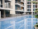 Q Bay Residences Pool