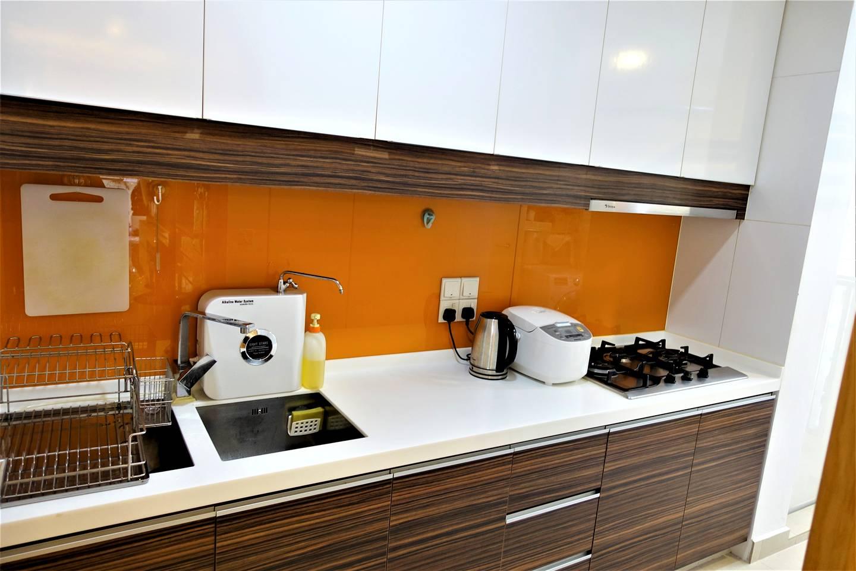 Tastefully renovated kitchen area