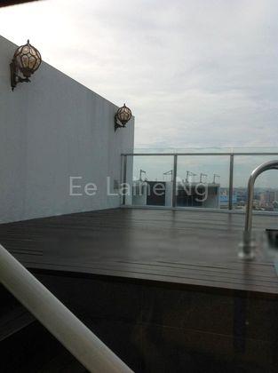 roof terrace pool deck