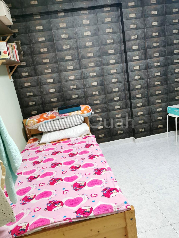 Common Bedroom (Lower floor)