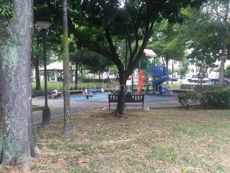facing green and park