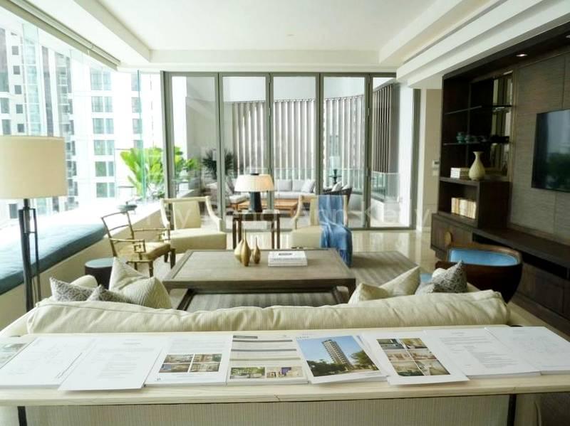 Living Room (Western Style Furnishing)