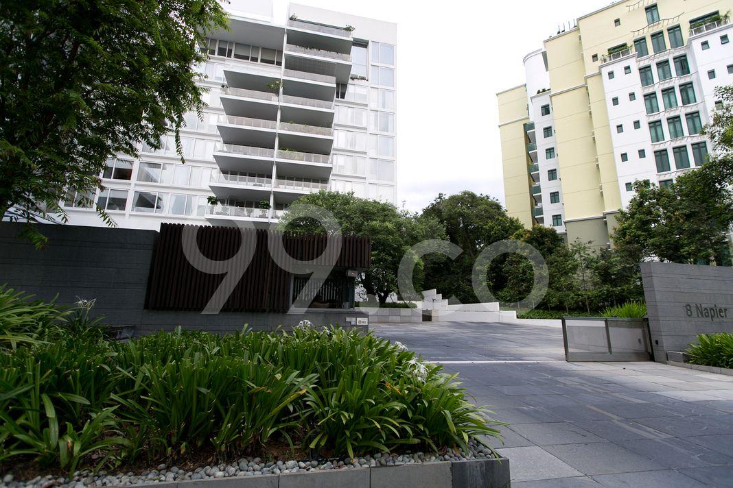 8 Napier  Entrance