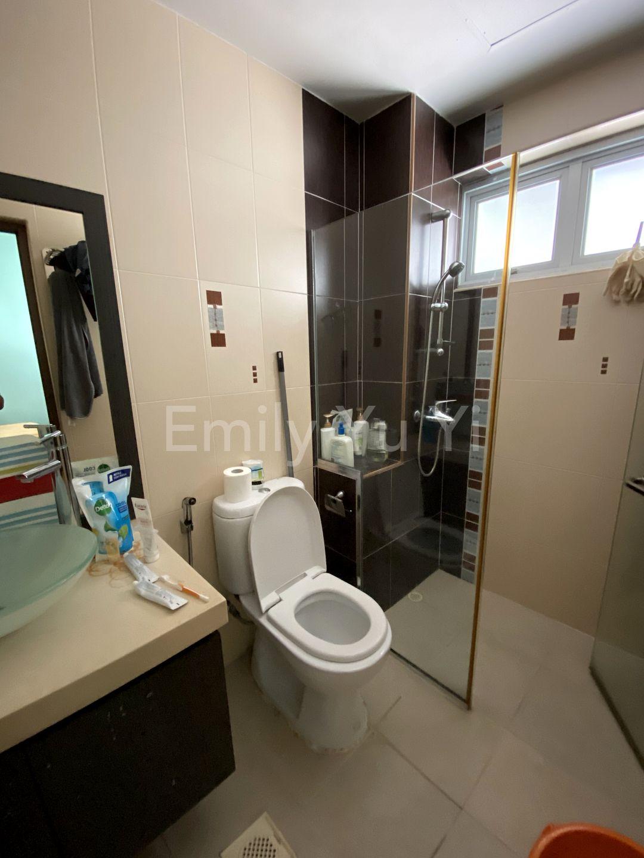 2nd floor common bedroom 2 bathroom