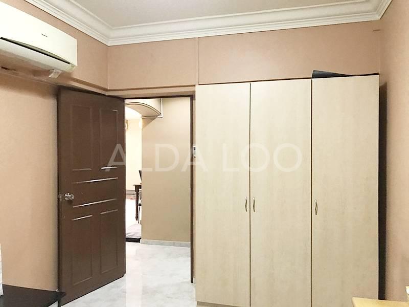 FOR SALE: High, Corner unit, viewing @ 8533 9856 ALDA LOO