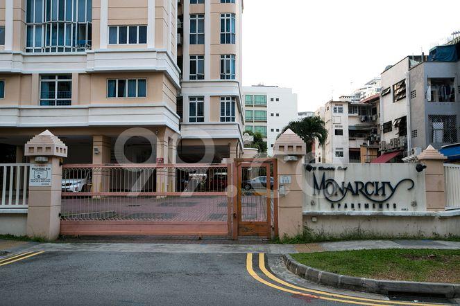 Monarchy Apartments Monarchy Apartments - Entrance