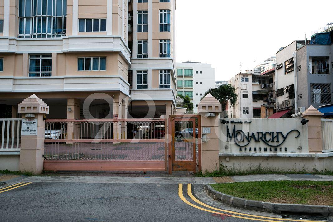 Monarchy Apartments  Entrance