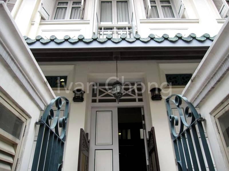 Beautifully restored facade w Peranakan features
