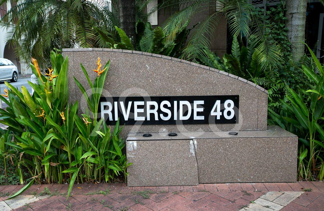 Riverside 48  Logo