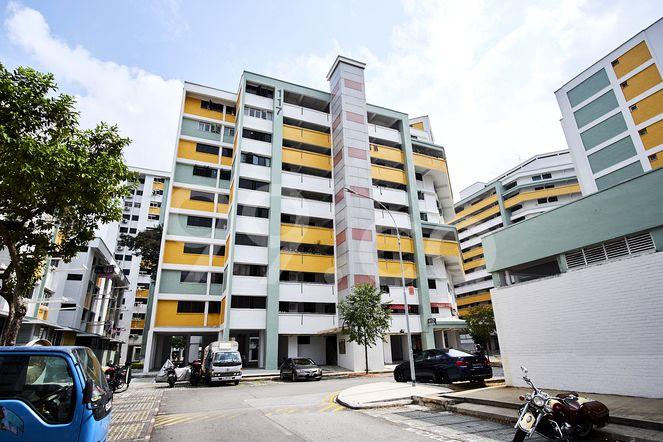 HDB-Potong Pasir Block 117 Potong Pasir