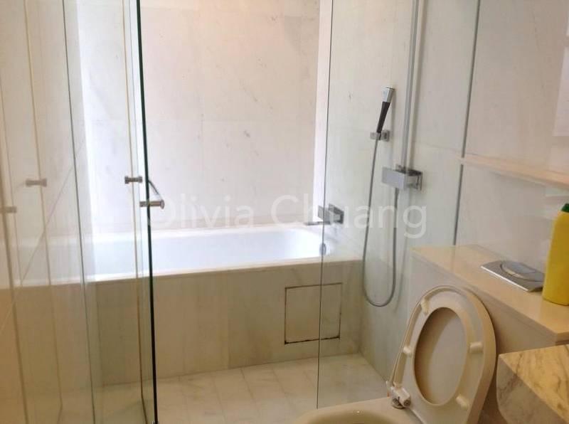 Bathtub abd shower