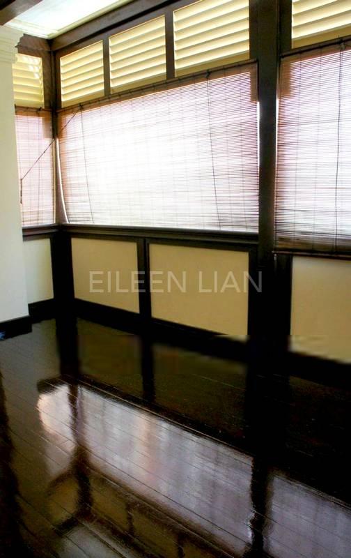 Master room with balcony
