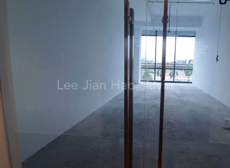 560 sqft 4.2 m ceiling height bare unit