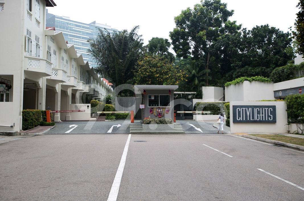 Citylights  Entrance