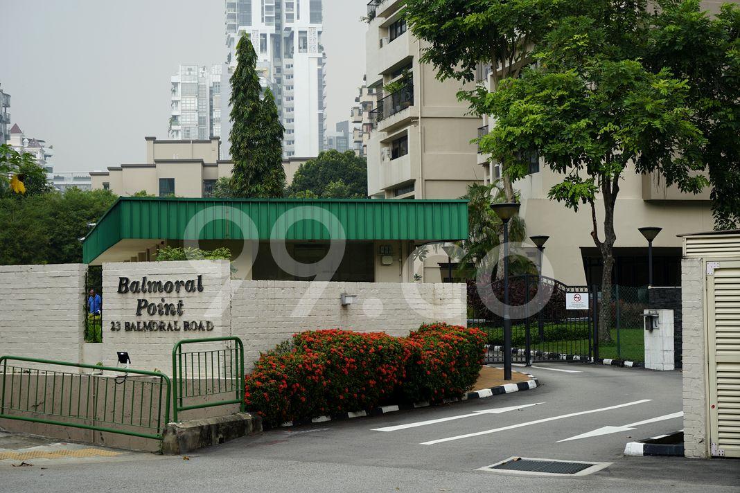 Balmoral Point  Entrance