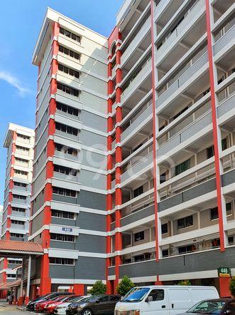 HDB-Hougang Block 446 HDB-Hougang