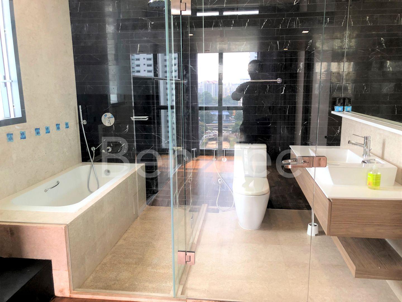 Modern cosy ensuite bathroom