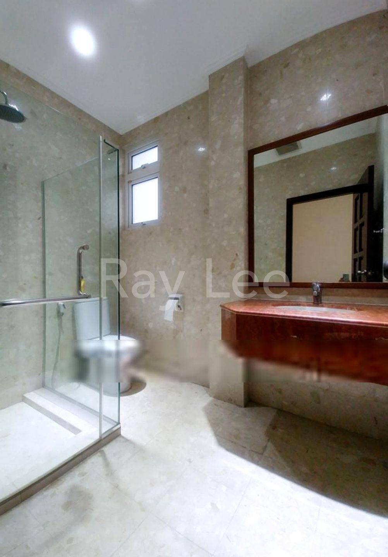 Almond Crescent - B01: Bathroom 01