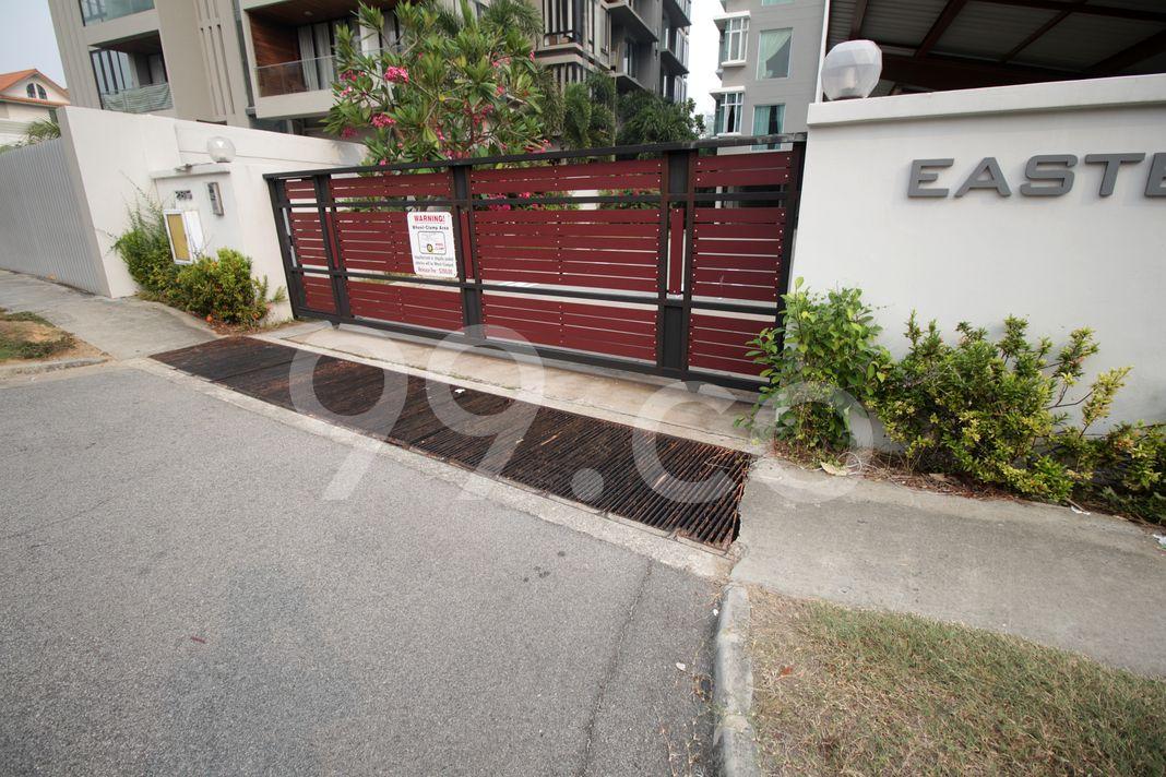 Eastern Residence  Entrance