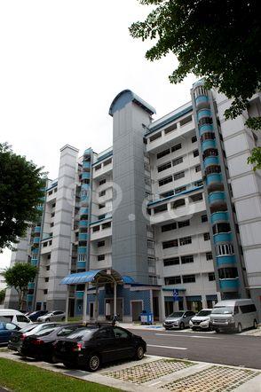 HDB-Jurong East Block 24 Jurong East
