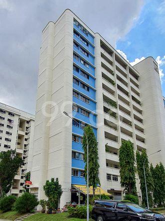 HDB-Hougang Block 311 HDB-Hougang