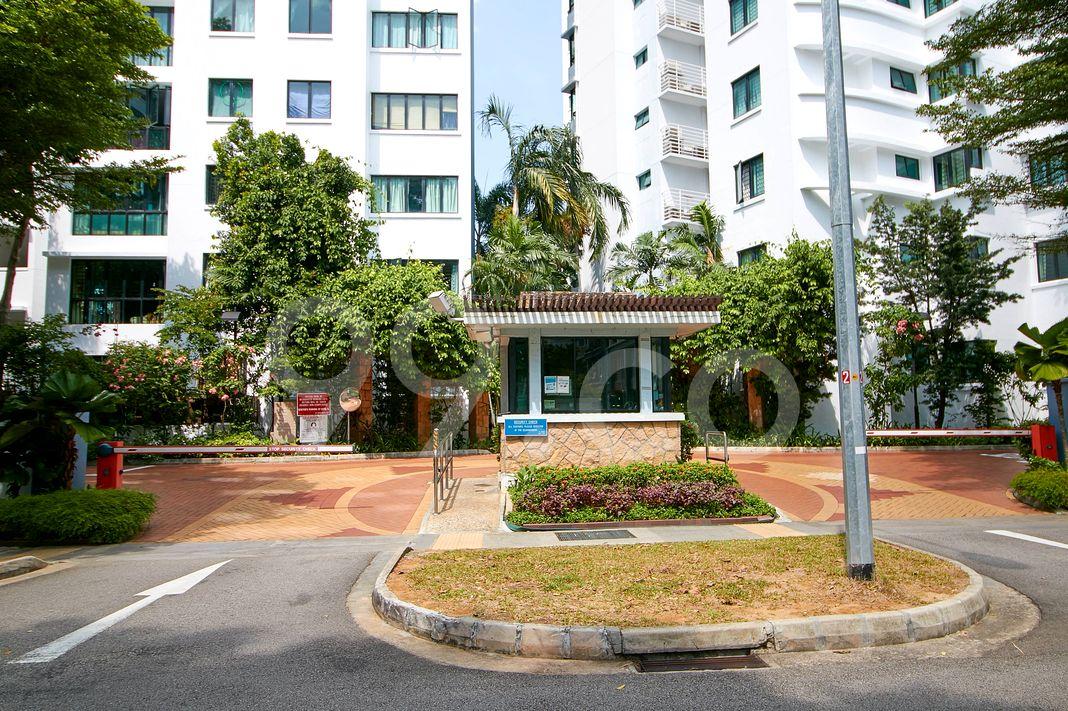 Central Grove  Entrance
