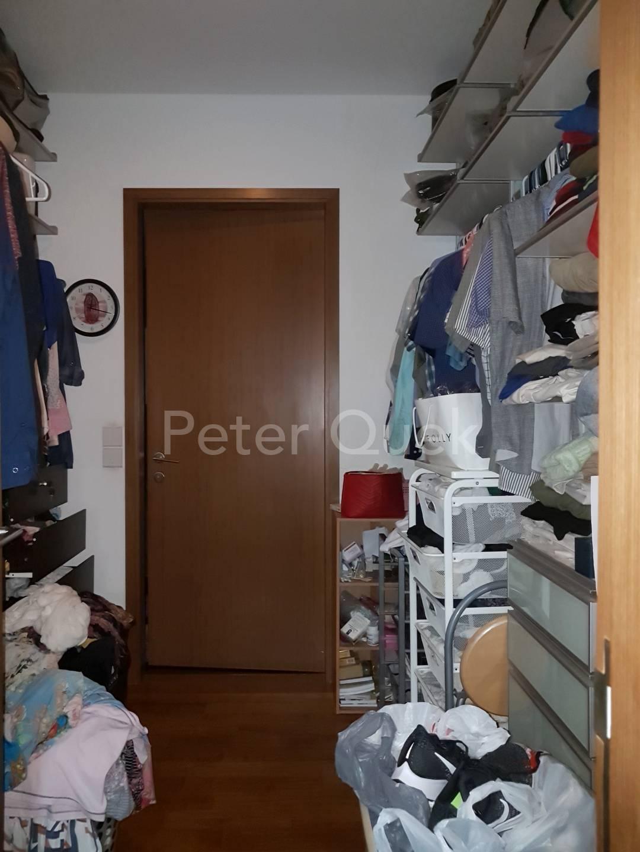 2nd floor master walk in wardrobe