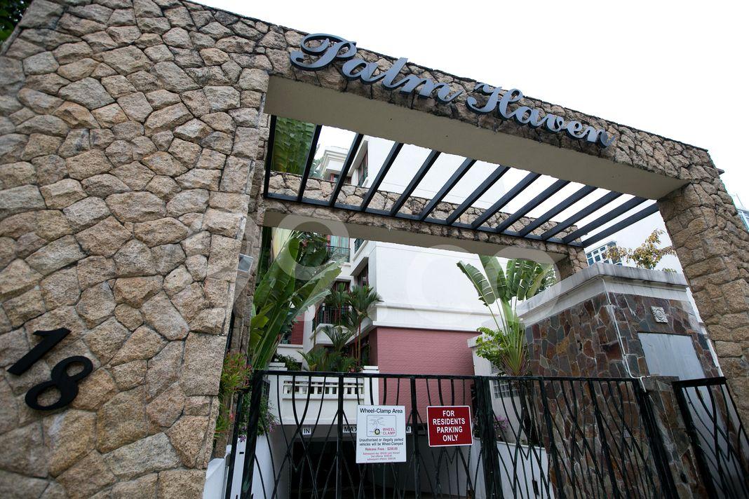 Palm Haven  Entrance