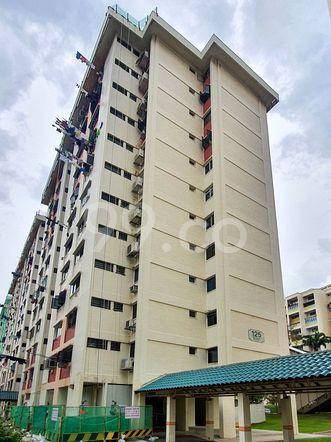 HDB-Hougang Block 125 HDB-Hougang