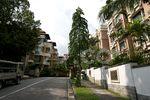 1 Nassim - Street