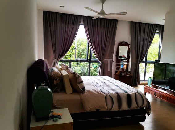 L2 - Master bedroom