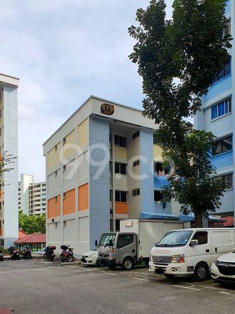 HDB-Hougang Block 679 HDB-Hougang