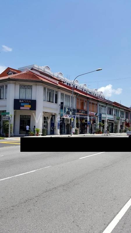 Lorong 44, face Main Road