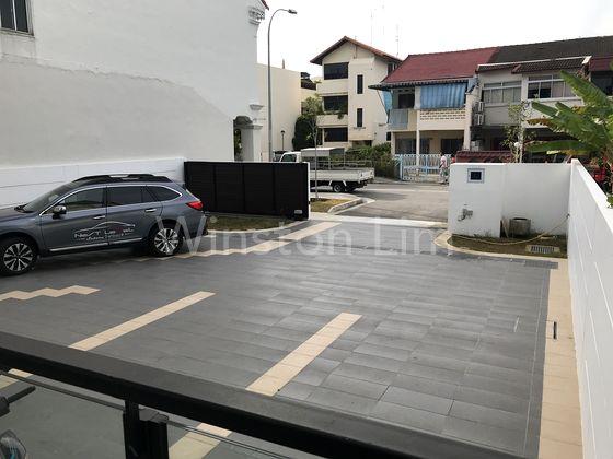 Huge car porch area