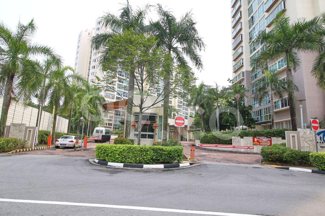 Rio Vista  Entrance