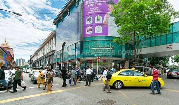 Mustafa  Centre opens 24/7