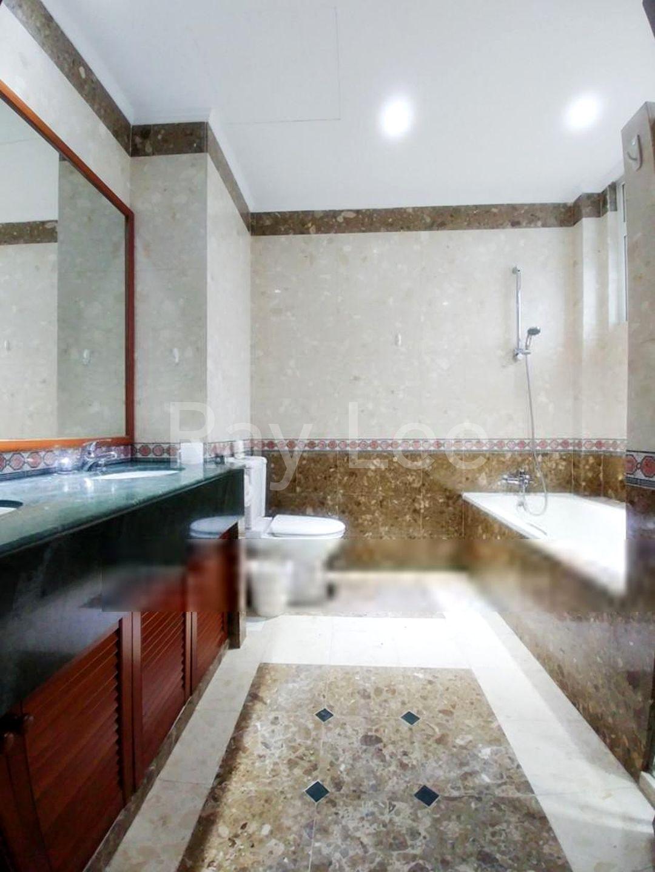 Almond Crescent - L02: Master Bathroom