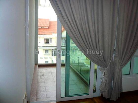 1st Common Bedroom with Balcony