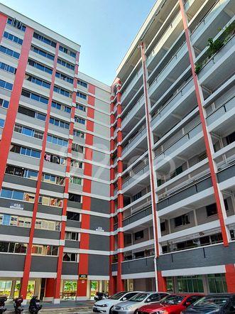 HDB-Hougang Block 455 HDB-Hougang