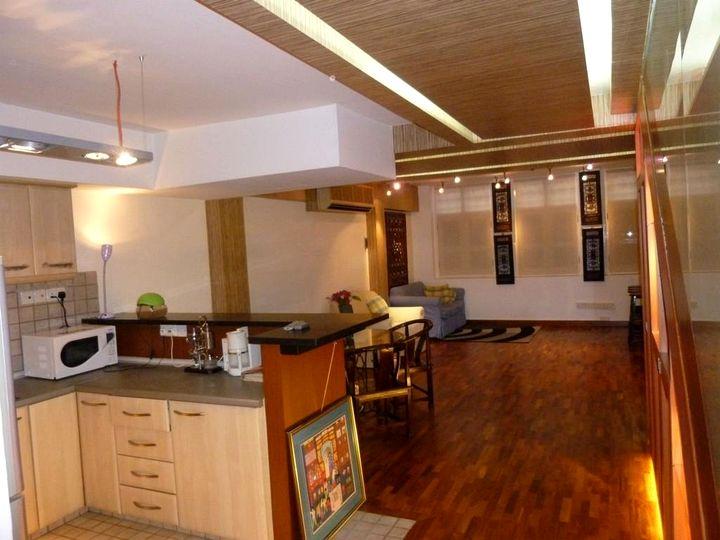 Kitchen / front