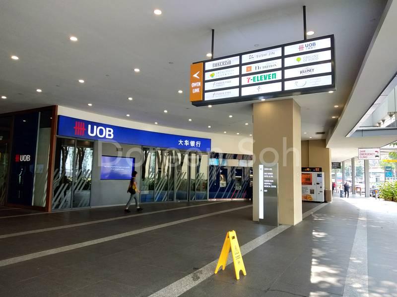 UOB bank, 7 Eleven
